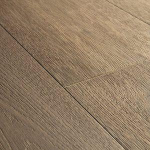 פרקט עץ צבע עץ כהה