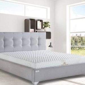 מיטה מרופדת קלאב קפיטונג׳